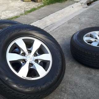 Fortuner mags & tires