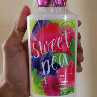 Bath & Body Works Sweet Pea Lotion