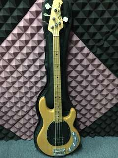 Bass Sterling Ray 34 by Music Man