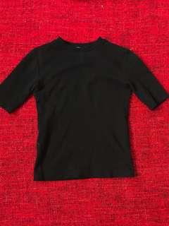 🚚 緊身超顯身材黑色針織上衣