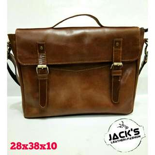 Tas kulit postman/laptog bag Casual 211