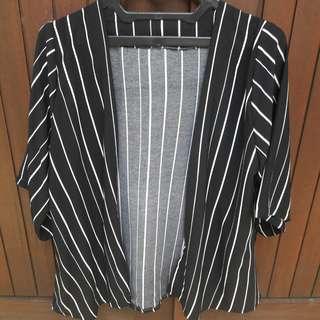 Cardigan Strip Black And White