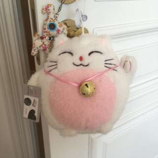 Maneki Neko plush toy (pink) 招き猫