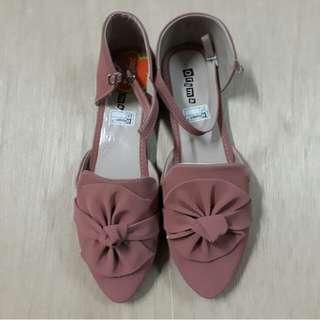 Sepatu Balet Bunga