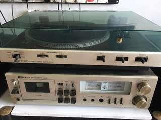 ITT HiFi 8012 Direct Drive Automatic turntable record player