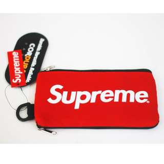 Supreme Pouch bag + Lanyard