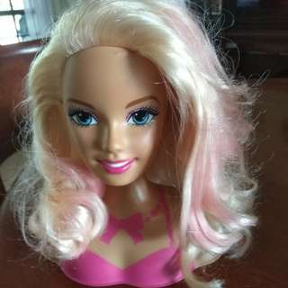 Styling barbie hair