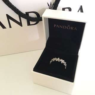 Pandora Dazzling Daisy Measow Stackable Ring CLEAR CZ