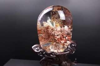 Natural crystal - a bright future.天然景石。前程似锦