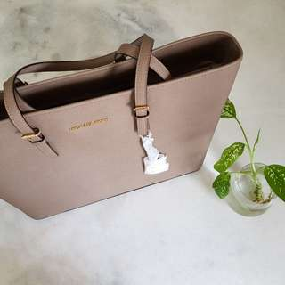 Authentic Michael Kors Large Leather Tote