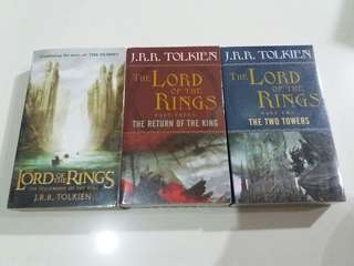 (REPRICED) Lord of the Rings Trilogy (Paperback Books)