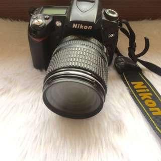 Nikon D90 (R U S H) *REPRICED