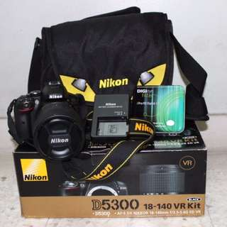 Nikon D5300 18-140mm kit set