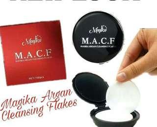 Magika Argan Cleansing Flakes