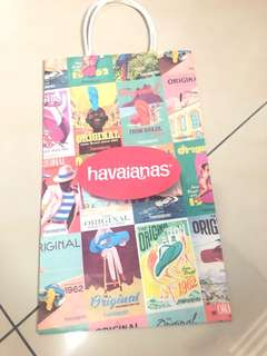 Havaians paper bag  (Buy any 3 item Free 1 )