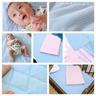 日本🇯🇵接觸冷感嬰幼兒床墊.枕頭