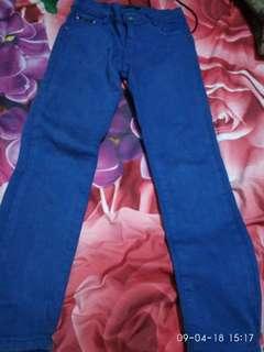 Celana jeans wnaita