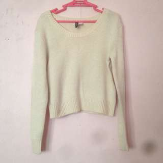 H&M peach knitted sweater