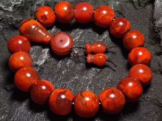 Southern red agate 中国南红玛瑙