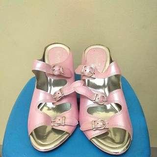 Pink Heels/ Sepatu High Heels
