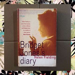 Helen Fielding - Bridget Jones' Diary (paperback)