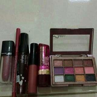 Preloved Lipstick & Eyeshadow
