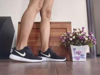90% new , Nike shoes  authentic made in from Việt nam