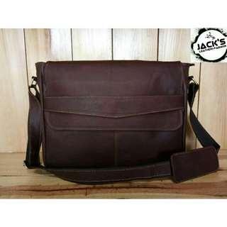 Tas kulit postman/laptop bag 214