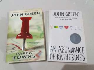 PAPERBACK Abundance of Katherines & Paper Towns by JOHN GREEN