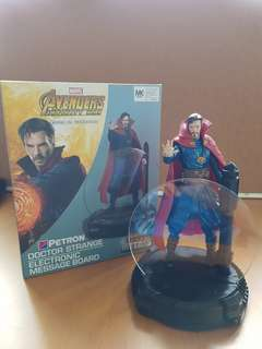Marvel Avengers: Infinity War desk collectibles (Doctor Strange edition)