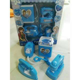 *FREE DELIVERY to WM only / Ready stock* Kids toy playset laundry each as shown design/color. Free delivery is applied for this item.