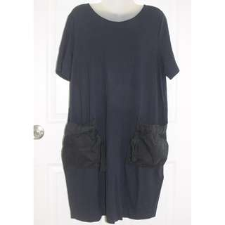 Cos navy dress with pockets L
