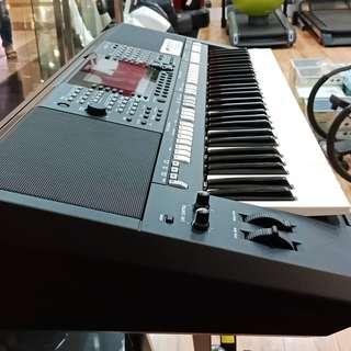 Keyboard PSR S775 ( Kredit )