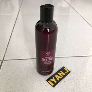 White Musk Smoky Rose - Body Lotion