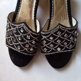 ▪️質感低跟涼拖鞋 #一百元好物