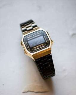 Casio Vintage - Black Gold