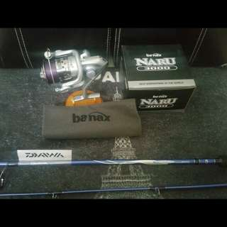 DAIWA AND BANAX 3000 FISHING COMBO WITH FREE REEL POUCH !
