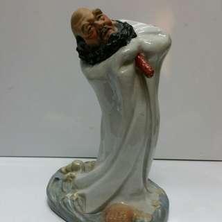 Old Chinese monk Damo 达摩 H28cm..marked Jin dezhen