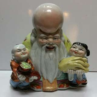Old chinese Porcelain Statue 'shou with kids' H30xL28cm...Jin Dezhen marked