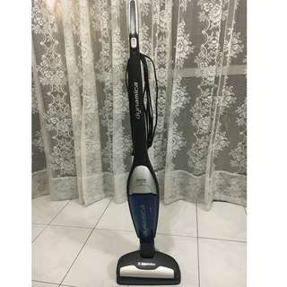 Electrolux Vaccum Cleaner (Model: ZS321)