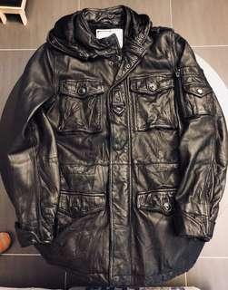 Bauhaus 80/20 皮䄛 外套