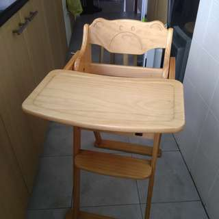 Wooden baby feeding high chair