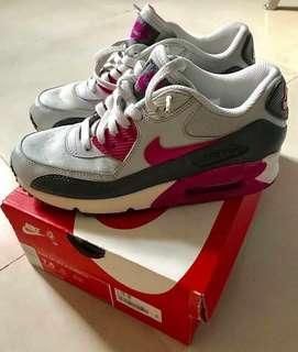 Nike Womens Airmax