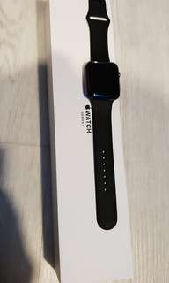 Apple iWatch 42mm Series 3 (GPS)