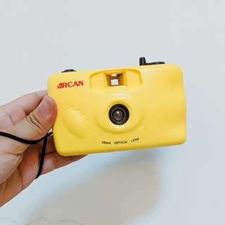 🚚 口袋香蕉底片相機