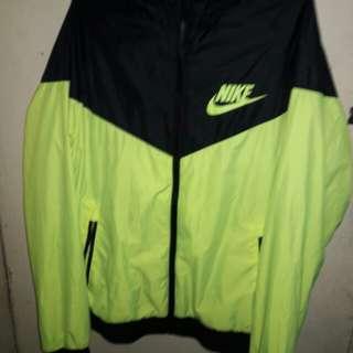Nike Windrunner not adidas mizuno
