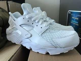 全新 白色 Nike Huarache