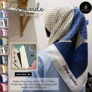 Jilbab segiempat motif bahan voal