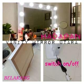 Vanity mirror cermin makeup