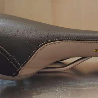 Velo Plush Saddle